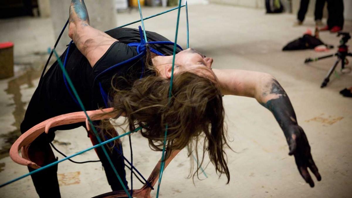 Une entrevue post-punk : Julie-Andrée T. dans un monde post -